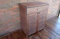 Шкаф из массива дерева с ящиком