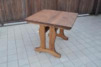 Деревянный стол в Славянск-на-Кубани
