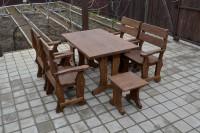 Мебель из массива дерева в баню, цвет орех