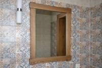 Зеркало в деревянной раме,цвет орех