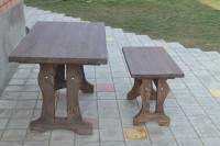 Сервировочный столик из дерева