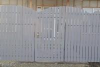 Забор штакетник из дерева