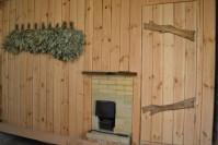 Отделка комнаты отдыха в бане деревом