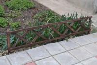 Забор ограждения для клумбы из дерева